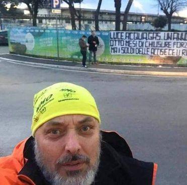 Massimiliano Pepi, uno dei «Ristori maremmani», che stanno proseguendo la protesta