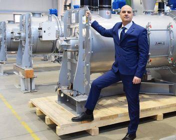 Il direttore generale della Mix di Cavezzo, Gianpietro Caldarola. Fondata nel 1990 da tre soci, dal 2018 l'azienda è di proprietà di un Fondo italiano