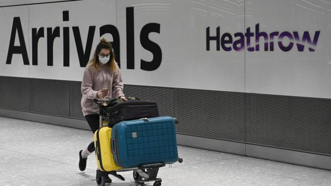 Aeroporto di Heathrow (Ansa)