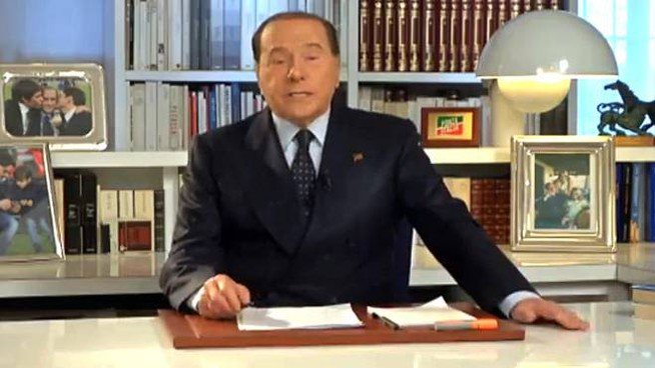 Silvio Berlusconi è in ospedale da lunedì (Ansa)