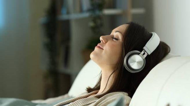 Podcast e audiolibri per dormire bene