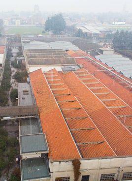 Una veduta aerea dell'ex manifattura Francesco Crespi a Legnano estesa su un'area di 29metri quadri
