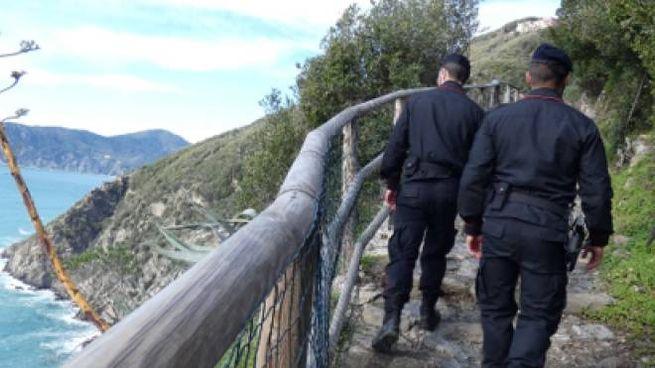 Controlli dei carabinieri alle Cinque Terre