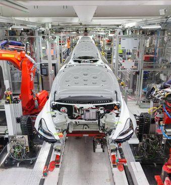 I fondi stanziati con la manovra per le euro 6 sono già quasi esauriti, ed è già stato prenotato un terzo di quelli per le auto ibride ed elettriche