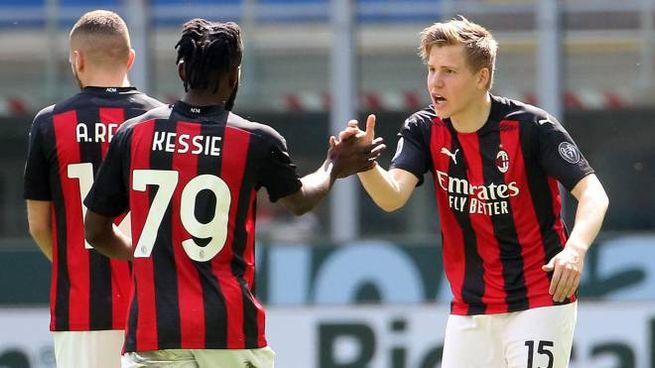 Milan Sampdoria: Hauge festeggia il gol (Ansa)