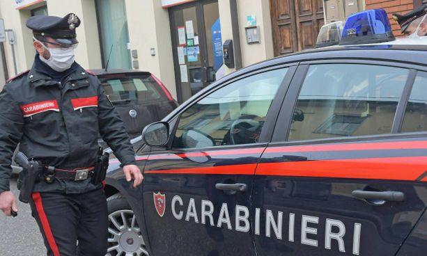 I carabinieri sono stati chiamati dopo la morte di un uomo che si era appena vaccinato