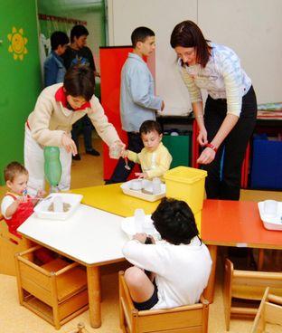 Oggi riaprono (anche) gli asili e le scuole dell'infanzia (foto d'archivio)