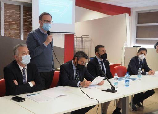 La presentazione del nuovo sistema digitale in Asl5.. L'introduzione del direttore generale Paolo Cavagnaro