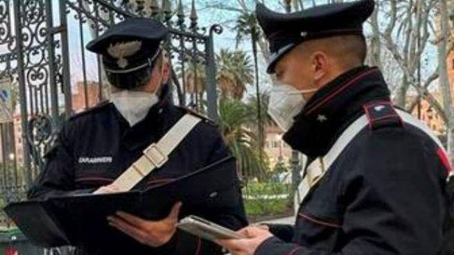 Alcuni carabinieri in azione (foto di repertorio)