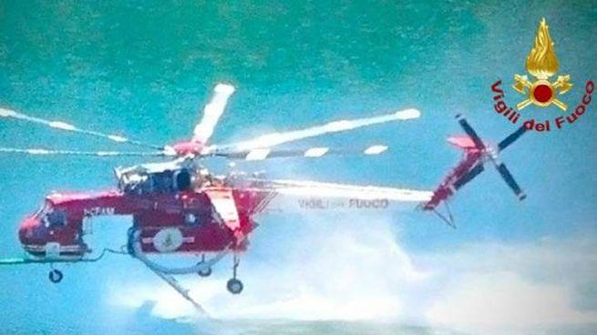 L'elicottero dei pompieri
