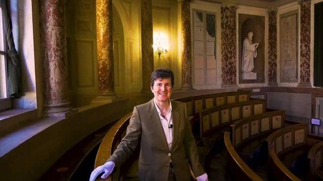 Lidia Falomo, direttrice del museo per la storia dell'Università in aula Volta