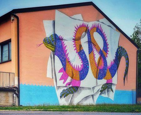 Spilamberto, il 'Magalasso' di Zamoc sul muro delle scuole - Cronaca -  ilrestodelcarlino.it