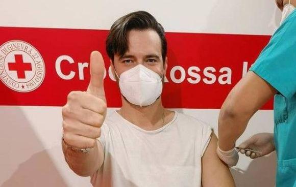 Giulio Berruti, 36 anni, è fidanzato con la deputata Maria Elena Boschi (40)