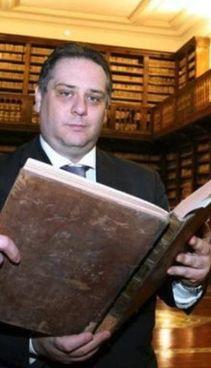 Marino Massimo De Caro, 48 anni, condannato in Italia a sette anni