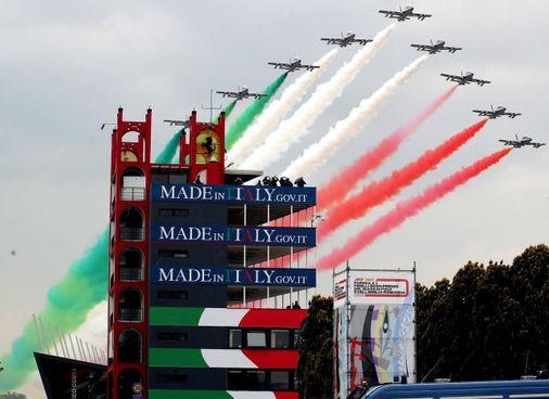 Le Frecce Tricolori domenica sopra l'«Enzo e Dino Ferrari» prima del via al Gp