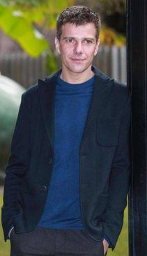 L'attore Domenico Diele, è nato a Siena il 25 luglio 1985