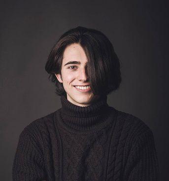 Lorenzo Arienti, 18 anni, studente del Liceo Scientifico «Marconi», finalista alle Olimpiadi della Fisica