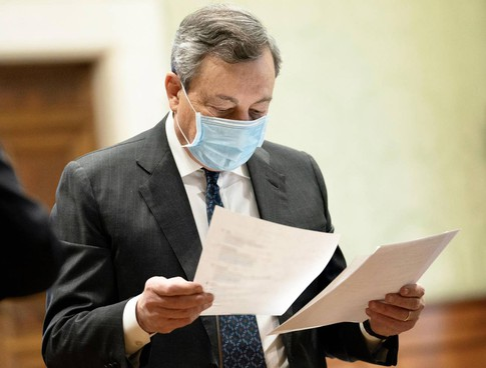 Mario Draghi, 73 anni, è presidente del Consiglio dal 13 febbraio. Ha guidato la Bce dal novembre 2011 all'ottobre 2019