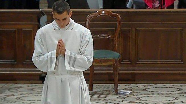 Samuel Piermarini, 28 anni, nel corso dell'ordinazione diaconale dell'ottobre scorso. Stamattina l'ordinazione sacerdotale nella Basilica di San Pietro