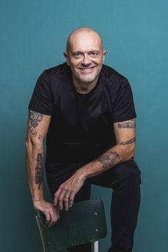 Max Pezzali, non solo musicista, firma il libro 'Max 90' edito da Sperling&Kupfer