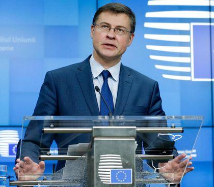 Il lettone Valdis Dombrovskis, 49 anni, vicepresidente Ue e commissario all'Economia