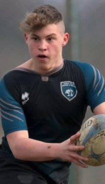 Riccardo Franzin mentre gioca a rugby: aveva 16 anni
