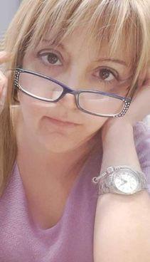 Angela Dargenio, 48 anni, è stata uccisa sul pianerottolo di casa sua