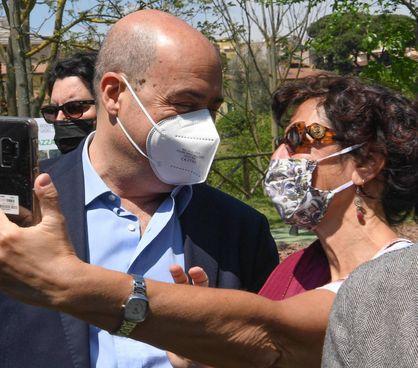 Nicola Zingaretti, 55 anni, presidente della Regione Lazio ed ex segretario Pd