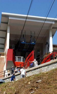 L'impianto di risalita originario è stato inaugurato nel 1961 ed è rimasto in funzione fino al 2001 per poi essere sostituito con uno nuovo
