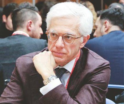 Matteo Giuliano Caroli, 58 anni, è professore ordinario dell'università Luiss