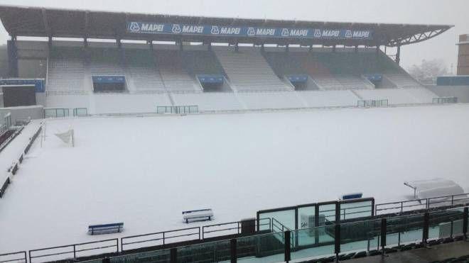 Il Mapei Stadium - Città del Tricolore alle 11,15 di oggi: sommerso dalla neve che continuava a cadere