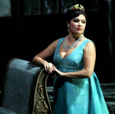"""Anna Netrebko nella """"Tosca"""" del 2019: anche quest'anno sarà lei la star della Prima"""