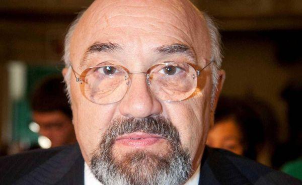 Vincenzo Fammilume aveva 72 anni. Era considerato un soggetto fragile: è stato vaccinato ed è stato male