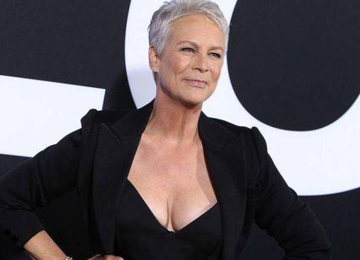 Jamie Lee Curtis, 62 anni, figlia di Tony Curtis e Janet Leigh, è attrice e produttrice con la sua Comet Pictures
