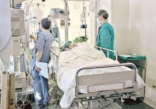 Il ragazzino è ricoverato in stato di coma all'ospedale Infermi: le sue condizioni sono disperate