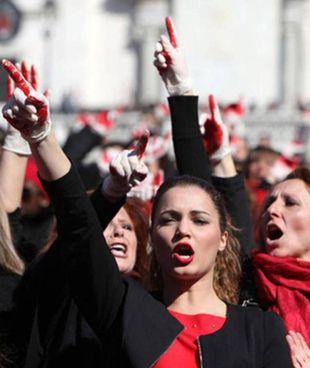 Una recente manifestazione contro la violenza alle donne (foto d'archivio)