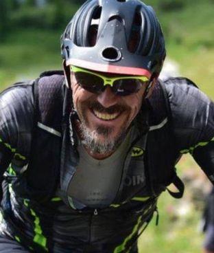 Roberto Mottura, l'architetto torinese di 49 anni ucciso in casa dai ladri, era appassionato di mountain bike