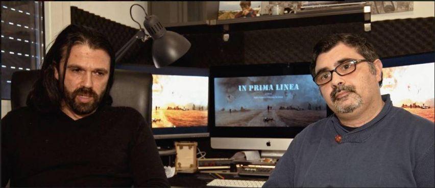 A sinistra, Matteo Balsamo, a destra Francesco Del Grosso: insieme hanno girato il film documentario 'In prima linea': tredici fotoreporter di guerra italiani raccontano le loro vite di testimoni