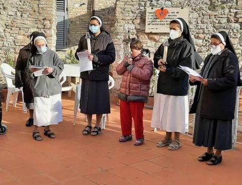 Le Suore Elisabettine Bigie guidano anchora oggi l'Istituto ad Assisi