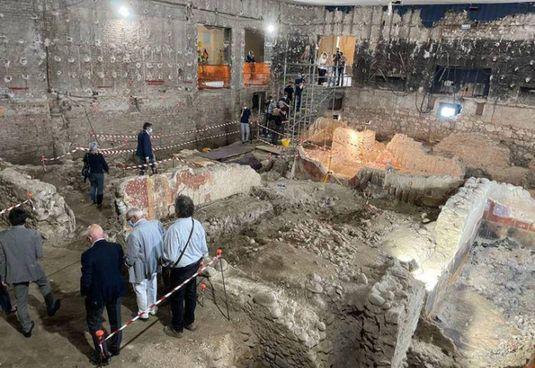 Gli scavi archeologici nel centro di Verona, non lontano dall'Arena