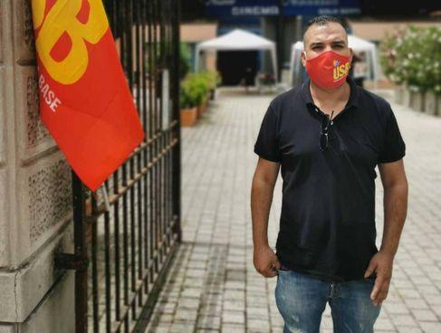 Youness Faouzi, 39 anni marocchino, è delegato Usb nella logistica di Somaglia