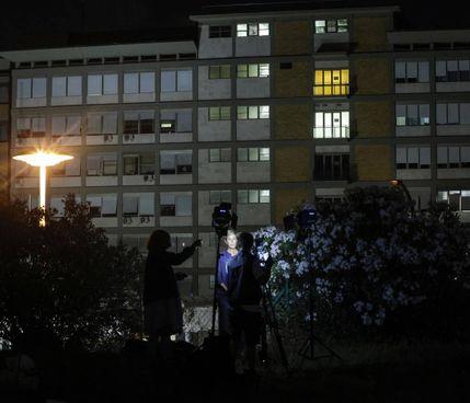 L'esterno dell'ospedale Gemelli dove il Papa è ricoverato da domenica scorsa