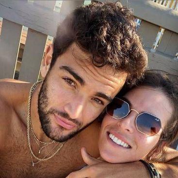 Matteo Berrettini, 25 anni, con la fidanzata australiana Ajla. Tomljanovic (28)