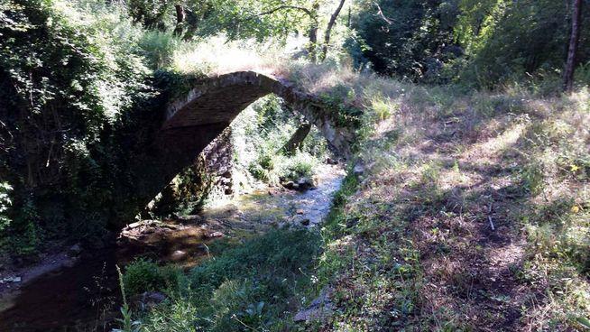 Il ponte del Cicaleto di San Godenzo, nella prima tappa del cammino