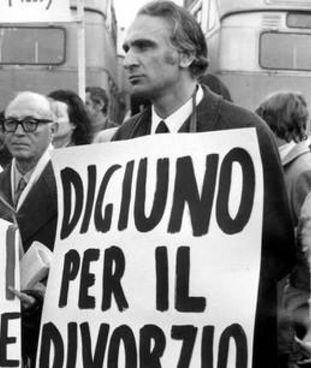 Marco Pannella (1930-2016) al tempo del referendum sulla legge per il divorzio