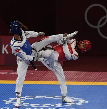 Vito Dell'Aquila, 20 anni, ha vinto la medaglia d'oro del taekwondo (fino a 58 chili) in finale contro il tunisino Jendoubi