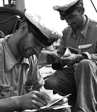 Posta al fronte: nelle due guerre mondiali del '900. un conforto morale per i soldati