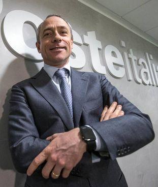 Matteo Del Fante, 54 anni, è l'amministratore delegato del gruppo Poste Italiane