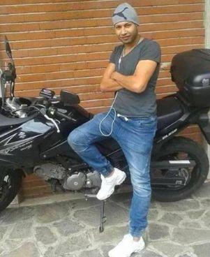 Tayari Marouan, l'uomo ucciso ieri a coltellate a Bergamo: aveva 34 anni, una compagna e due figli