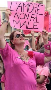 Una foto d'archivio di un sit-in contro la violenza sulle donne